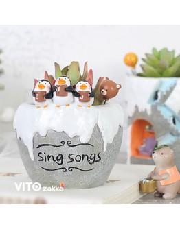冰雪企鵝唱詩班造型花盆