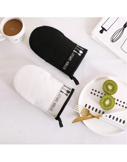 北歐風格簡約黑白隔熱手套
